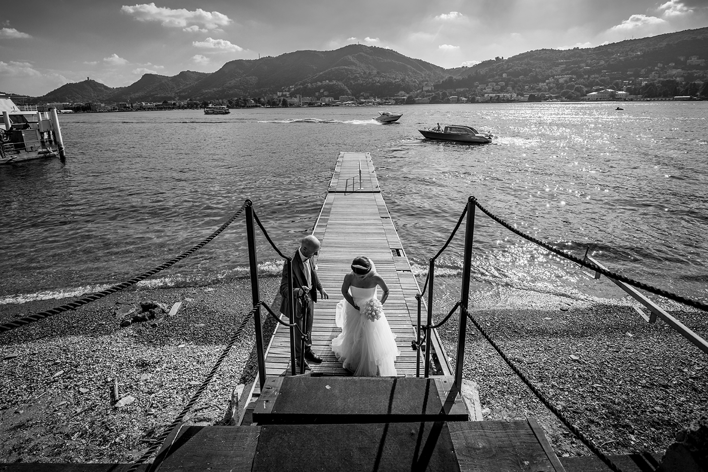Beautiful ceremony on the shores of Lake Como