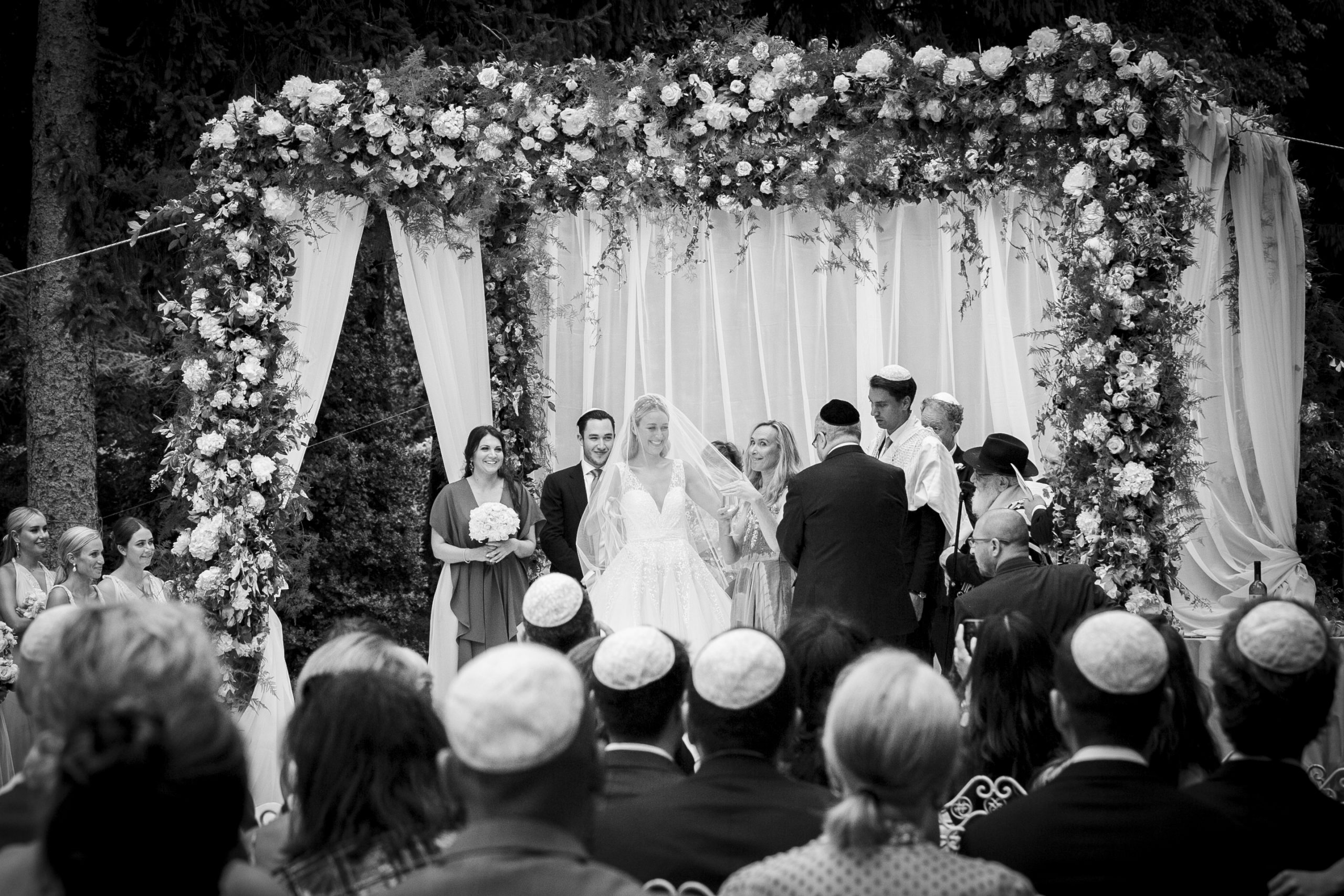 Jewish wedding at Villa Castelbarco